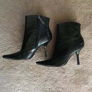 BCBGMaxAzria Stiletto Ankle Boots Size 8
